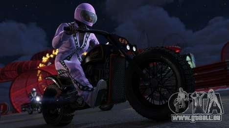 Hvid buksedragt Jock Cranly i GTA Online