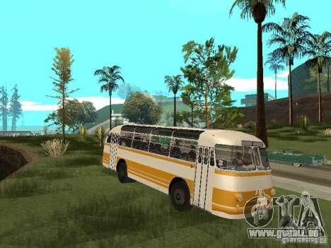 LAZ 695E pour GTA San Andreas laissé vue