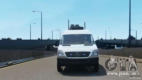 Mercedes-Benz Sprinter-Identification Criminelle pour GTA 4 est une vue de l'intérieur