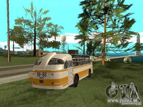 LAZ 695E pour GTA San Andreas vue de droite