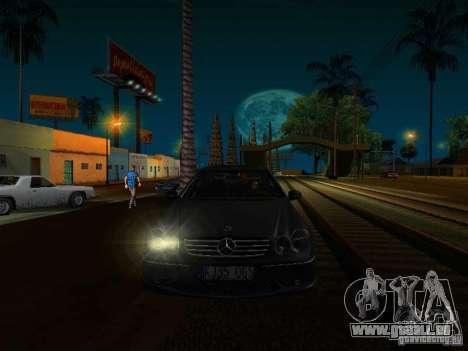Mercedes-Benz CLK55 AMG pour GTA San Andreas vue de droite