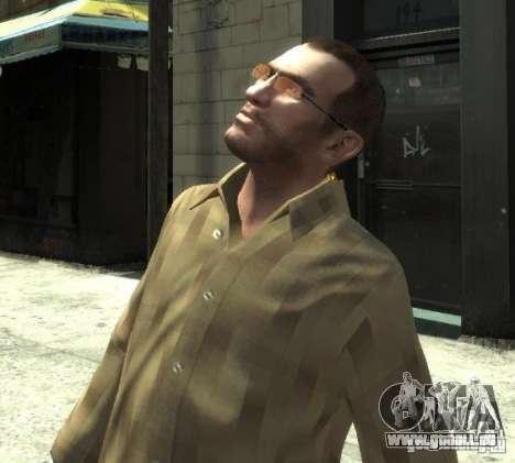 Nouvelles lunettes pour Niko-pink pour GTA 4 troisième écran
