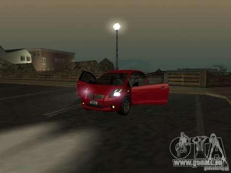 Toyota Yaris pour GTA San Andreas vue de côté