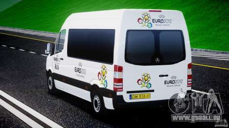Mercedes-Benz Sprinter Euro 2012 pour GTA 4 est un côté