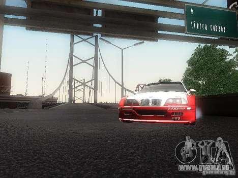 BMW M3 GTR1 pour GTA San Andreas vue de droite