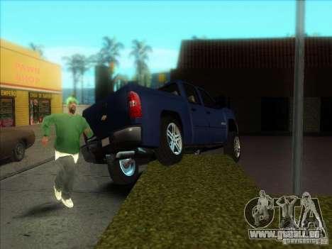 Chevrolet Silverado 1500 pour GTA San Andreas vue de droite