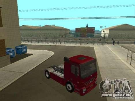 Mercedes Actros Tracteur 3241 pour GTA San Andreas vue arrière