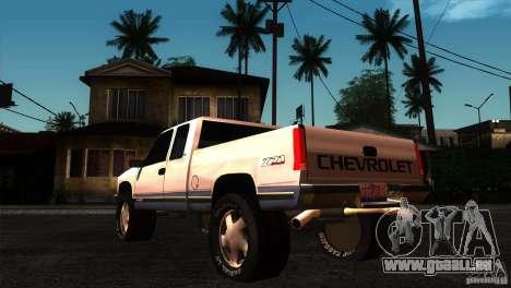 Chevrolet Silverado 1996 pour GTA San Andreas sur la vue arrière gauche