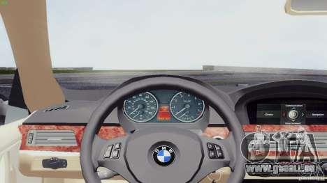 BMW 330i e90 pour GTA San Andreas sur la vue arrière gauche