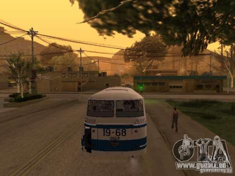 LAZ 695 m pour GTA San Andreas vue intérieure
