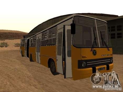 IKARUS 280.46 pour GTA San Andreas sur la vue arrière gauche