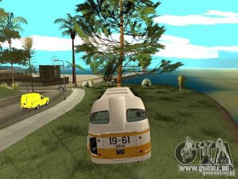 LAZ 695E pour GTA San Andreas vue intérieure