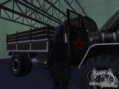 Ural Parade 43206 pour GTA San Andreas laissé vue