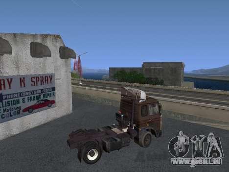 Kolkhoze MAZ 5551 pour GTA San Andreas sur la vue arrière gauche
