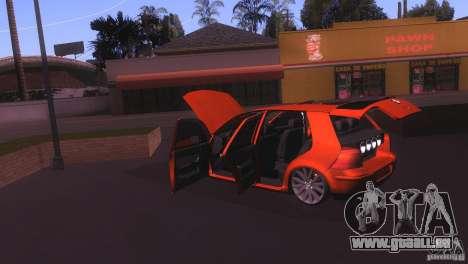 Volkswagen Golf IV pour GTA San Andreas vue intérieure