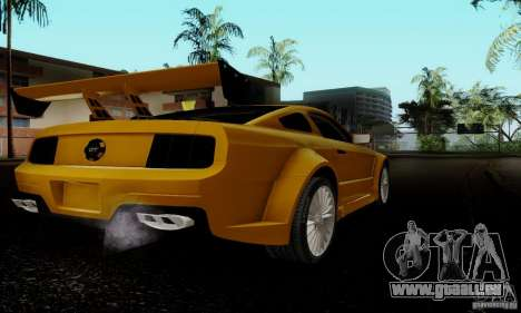 Ford Mustang GT pour GTA San Andreas vue de droite