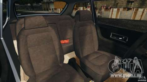 Saab 900 Coupe Turbo pour GTA 4 est une vue de l'intérieur