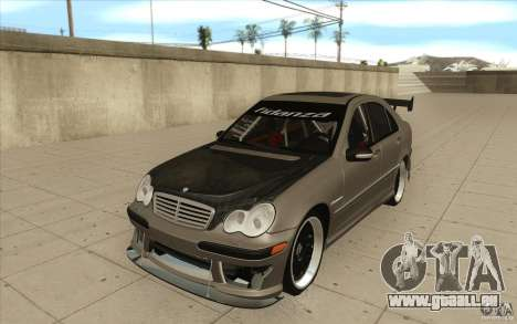 Mercedes-Benz C32 AMG Tuning pour GTA San Andreas