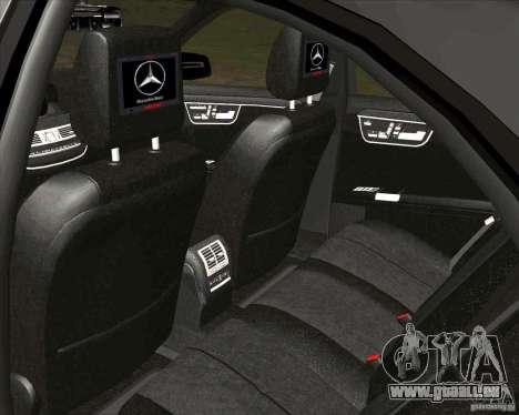 Mercedes-Benz S65 AMG W221 pour GTA San Andreas vue arrière