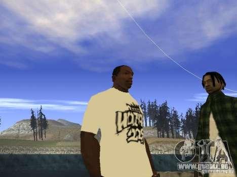 T-Shirt NoGGano228 et AK-47 pour GTA San Andreas deuxième écran