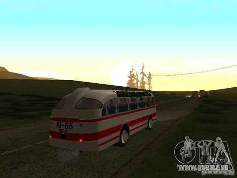 LAZ 697E touristique pour GTA San Andreas vue de droite