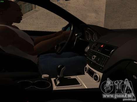 Mercedes-Benz C36 AMG pour GTA San Andreas vue de dessous