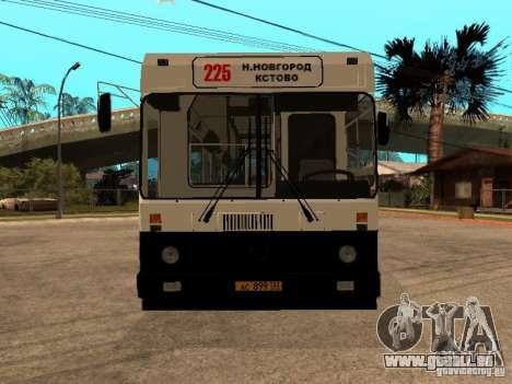 LIAZ 5256.00 pour GTA San Andreas vue de droite