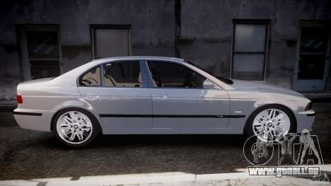 BMW M5 E39 Stock 2003 v3.0 pour GTA 4 est un côté