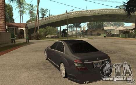 Mercedes-Benz S500 pour GTA San Andreas sur la vue arrière gauche