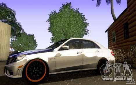Mercedes Benz E63 DUB pour GTA San Andreas laissé vue