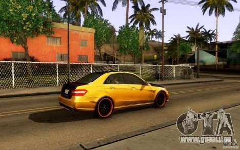 Mercedes Benz E63 DUB pour GTA San Andreas vue intérieure