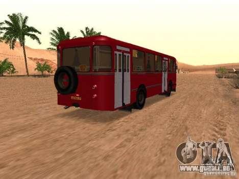 LIAZ 677 für GTA San Andreas Unteransicht