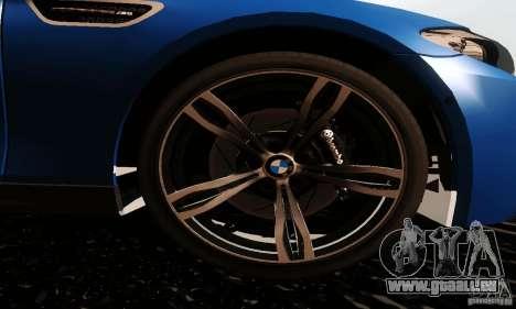 BMW M5 F10 2012 pour GTA San Andreas sur la vue arrière gauche