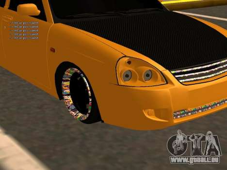 Lada Priora berline avec hayon arrière pour GTA San Andreas laissé vue