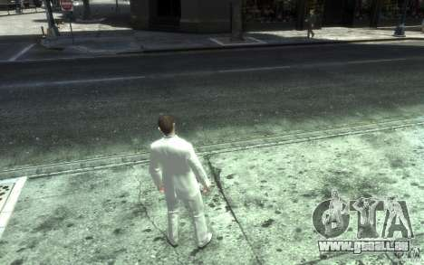 Grand costume gris-blanc pour GTA 4 cinquième écran