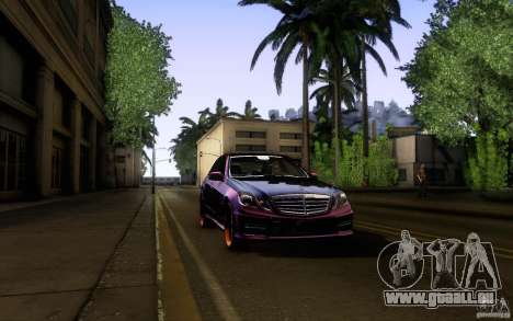 Mercedes Benz E63 DUB pour GTA San Andreas vue de dessus