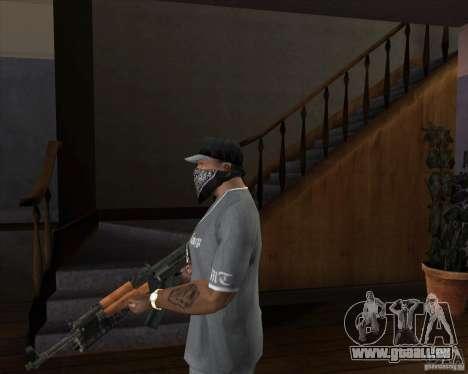 AK-47 mis à jour pour GTA San Andreas deuxième écran