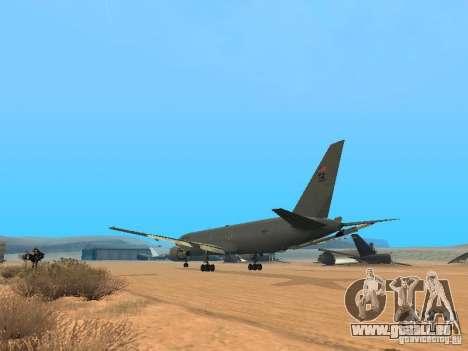 Boeing KC767 U.S Air Force pour GTA San Andreas sur la vue arrière gauche