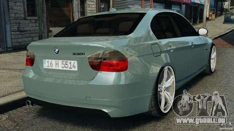 BMW 330i E92 pour GTA 4 Vue arrière de la gauche
