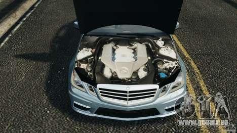 Mercedes-Benz E63 AMG 2010 pour GTA 4 est un côté