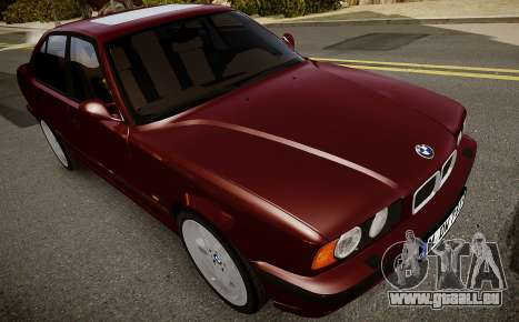 BMW M5 (E34) 1995 v1.0 pour GTA 4 est une vue de l'intérieur
