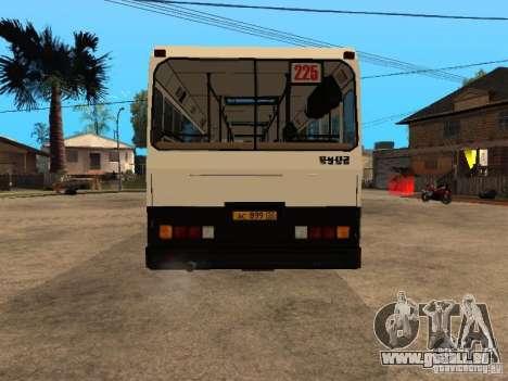 LIAZ 5256.00 pour GTA San Andreas vue de côté