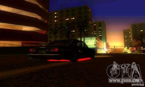 Nissan Skyline 2000-GTR pour GTA San Andreas vue de côté