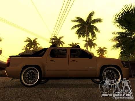Chevrolet Avalanche Tuning pour GTA San Andreas vue de droite