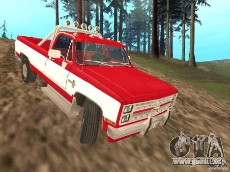 Chevrolet Silverado 2500 pour GTA San Andreas sur la vue arrière gauche