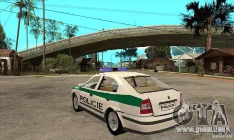 Skoda Octavia Police CZ pour GTA San Andreas sur la vue arrière gauche