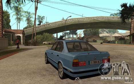 BMW E34 535i 1994 pour GTA San Andreas sur la vue arrière gauche