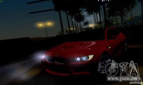 BMW M3 E92 v1.0 pour GTA San Andreas vue de droite