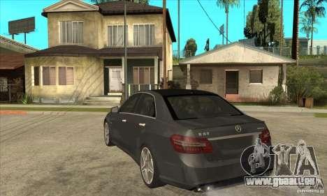 Mercedes-Benz E63 AMG 2010 pour GTA San Andreas sur la vue arrière gauche