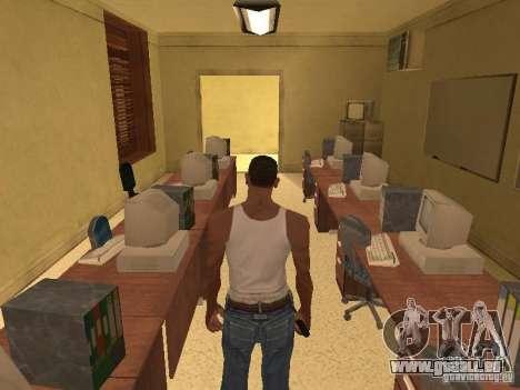 L'entrée à l'hôpital de Los Santos pour GTA San Andreas dixième écran
